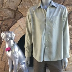Eddie Bauer Wrinkle Resistant Relaxed Fit Shirt